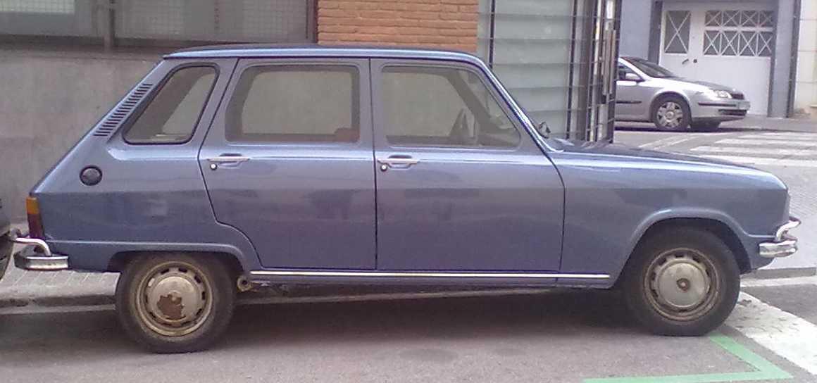 Renault 6 - 2.jpg